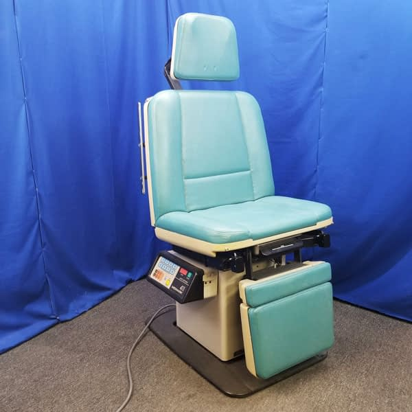 Midmark 411 Procedure Exam Dental Chair