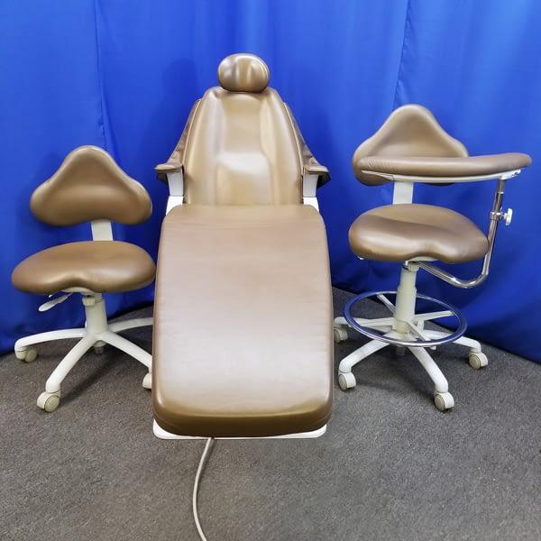 Belmont-X-Calibur-Chair-&-Stools